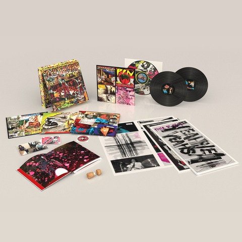 √Fever To Tell (Ltd. / Signed & Numbered Deluxe Box) von Yeah Yeah Yeahs - LP jetzt im uDiscover Shop